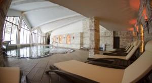 Aparthotel-KAMELIA-piscina-2